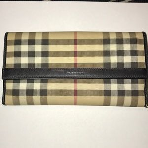 Burberry signature nova check plaid wallet
